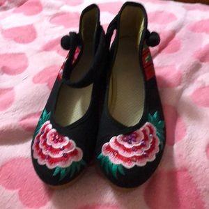 Shoes - Wedge super cute! Women's shoes